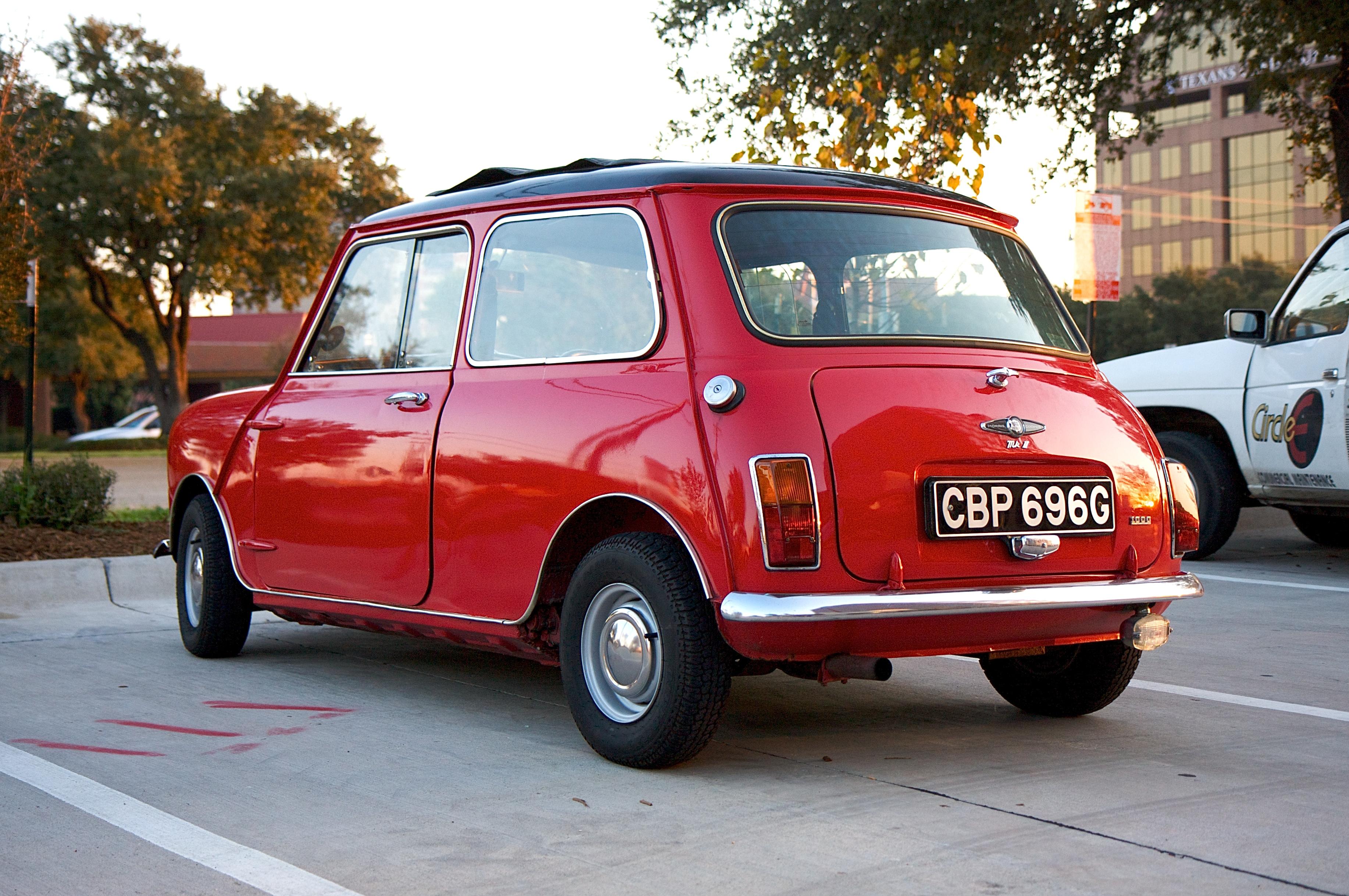 the mutated MINI Coupe.